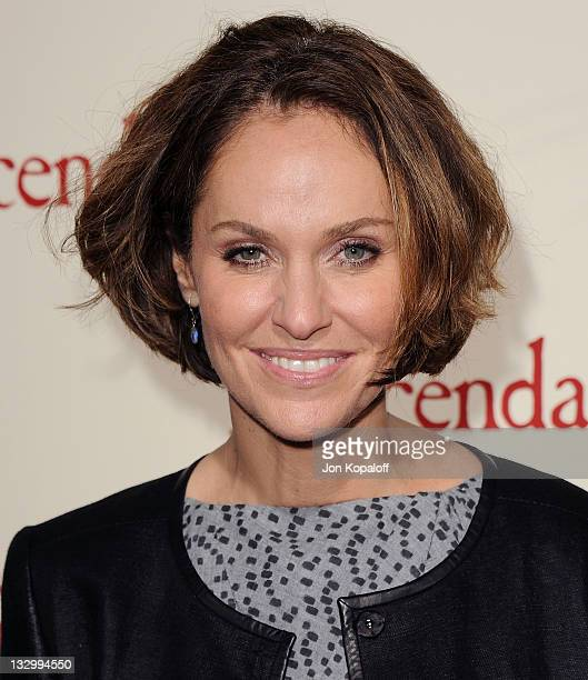 """Actress Amy Brenneman arrives at the Los Angeles Premiere """"The Descendants"""" at AMPAS Samuel Goldwyn Theater on November 15, 2011 in Beverly Hills,..."""