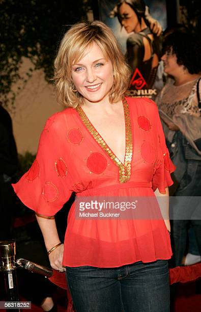 Actress Amy Carlson arrives at the premiere of Paramount Pictures' 'Aeon Flux' at the Arclight Cinerama Dome on December 1 2005 in Los Angeles...