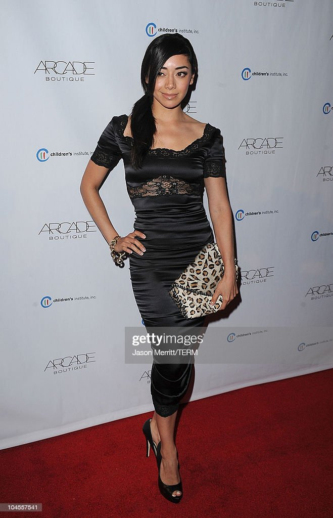 Actress Amy Garcia arrives at 'The Autumn Party' presented by ARCADE Boutique at The London Hotel on September 29, 2010 in West Hollywood, California.