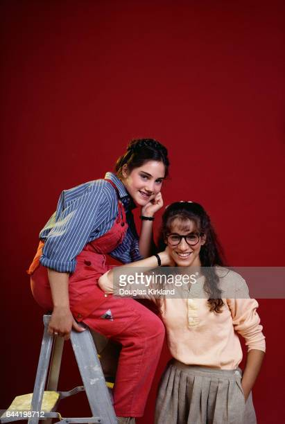 Actress Amy Linker plays Lauren Hutchinson and actress Sarah Jessica Parker plays Patty Greene in the 1982 television show Square Pegs