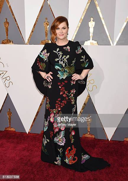 Actress Amy Poehler arrives at the 88th Annual Academy Awards at Hollywood Highland Center on February 28 2016 in Hollywood California