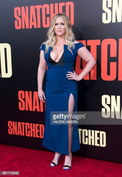 Actress Amy Schumer attends the world premiere of Snatched at the Regency Village Theater on May 10 2017 in Westwood California / AFP PHOTO / VALERIE...