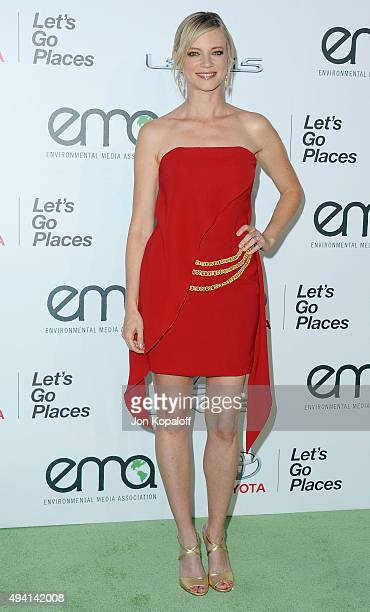 Actress Amy Smart arrives at Environmental Media Association Hosts Its 25th Annual EMA Awards Presented By Toyota And Lexus at Warner Bros Studios on...