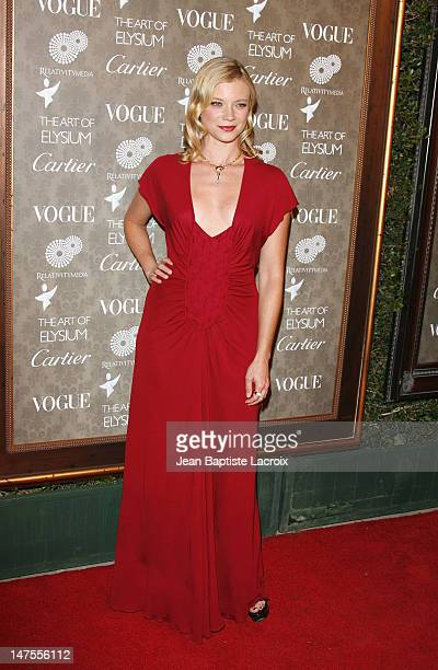 Actress Amy Smart arrives at the Art of Elysium 2nd Annual Heaven Gala held at Vibiana on January 10, 2009 in Los Angeles, California.