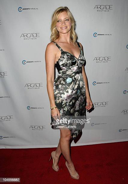 Actress Amy Smart attends the Autumn Party benefiting Children's Institute at The London Hotel on September 29, 2010 in West Hollywood, California.