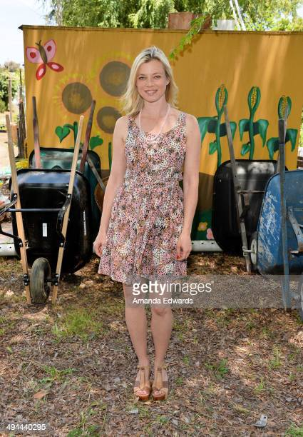Actress Amy Smart attends The Environmental Media Association's 5th Annual LA School Garden Program Luncheon at Westminster Avenue Elementary School...
