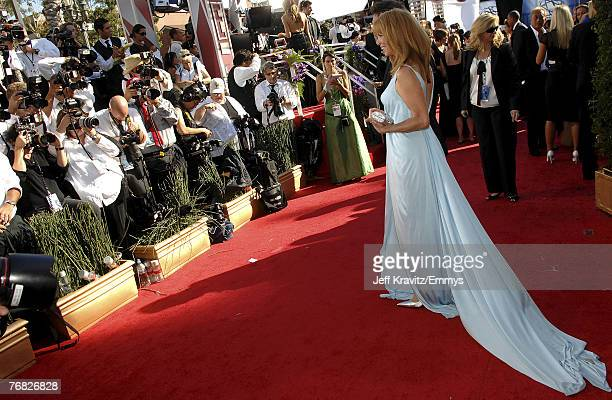 LOS ANGELES CA SEPTEMBER 16 Actress Amy Van Nostrand arrives at the 59th Primetime EMMY Awards at the Shrine Auditorium on September 16 2007 in Los...
