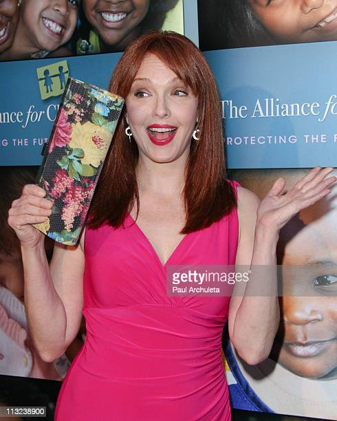 Actress Amy Yasbeck arrives at the Alliance For Children's Rights 1st annual 'Right To Laugh' comedy event at Catalina Jazz Club Bar Grill on April...