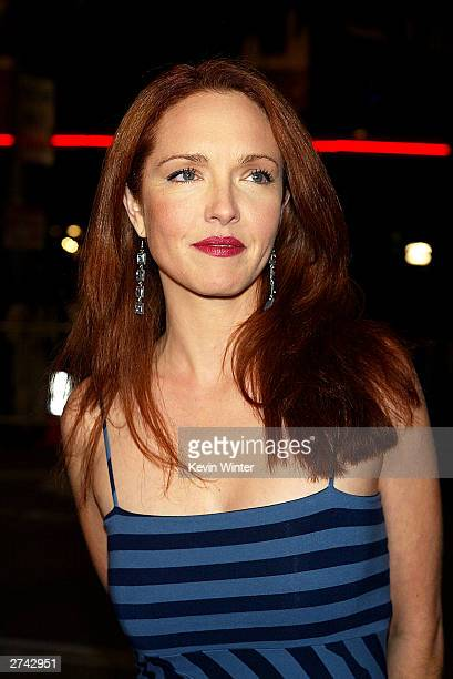 "Actress Amy Yasbeck arrives at the premiere of ""Bad Santa"" at the Bruin Theater on November 18, 2003 in Los Angeles, California."