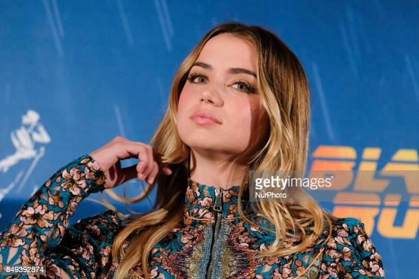 actress Ana de Arma poses during the photocall of the film 'Blade Runner 2049' in Madrid on September 19 2017