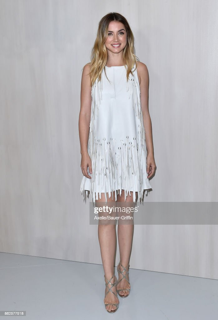 Actress Ana de Armas arrives at Hammer Museum Gala in the Garden on October 14, 2017 in Westwood, California.