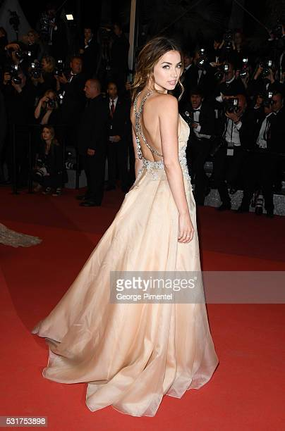 Actress Ana De Armas attends the screening of 'Hands Of Stone' at the annual 69th Cannes Film Festival at Palais des Festivals on May 16 2016 in...
