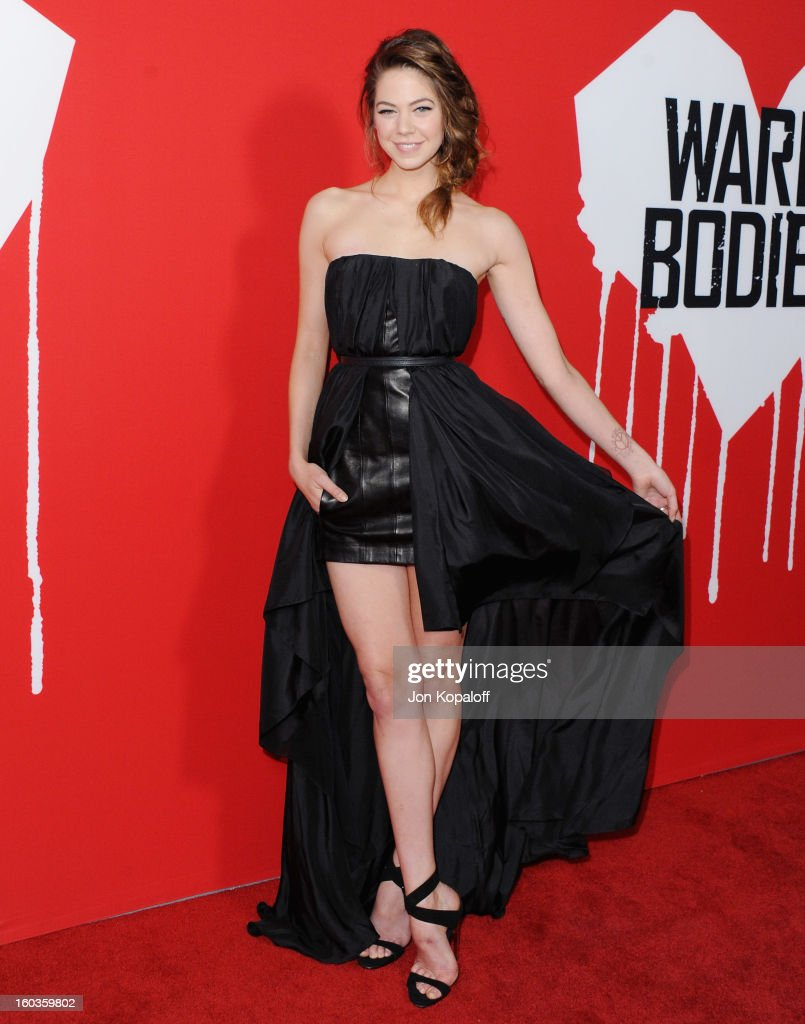 Actress Analeigh Tipton arrives at the Los Angeles Premiere 'Warm Bodies' at ArcLight Cinemas Cinerama Dome on January 29, 2013 in Hollywood, California.