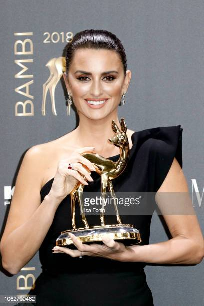 Actress and award winner Penelope Cruz poses with award during the 70th Bambi Awards winners board at Stage Theater on November 16, 2018 in Berlin,...