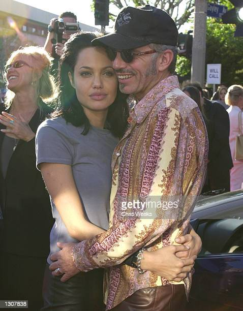 Actress and cast member Angelina Jolie and her husband actor Billy Bob Thornton arrive June 5 2000 at the world premiere of Touchstone Pictures''...