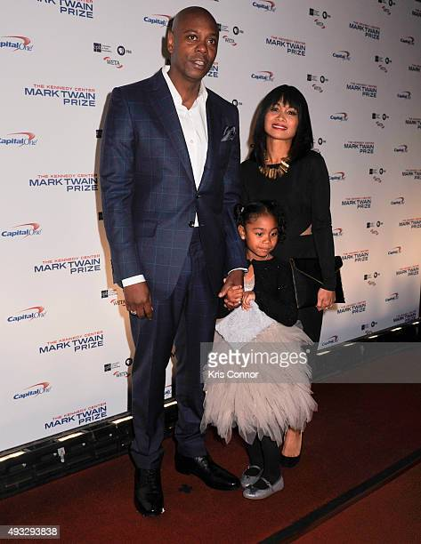Actress and comedian Dave Chappelle with wife Elaine Chappelle and daughter Sonal Chappelle pose on the red carpet during the 18th Annual Mark Twain...
