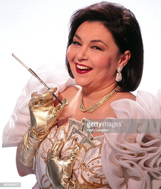 Actress and comedienne Roseanne Barr poses for a portrait in 1993 in Los Angeles, California.