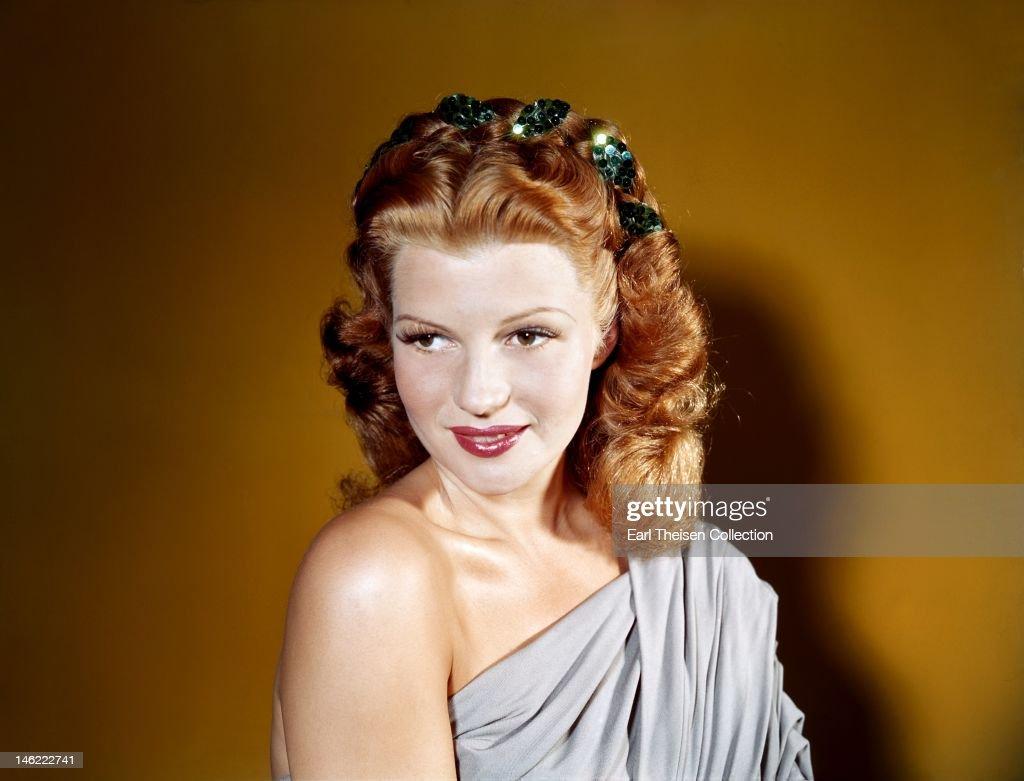 Rita Hayworth Portrait Session : News Photo