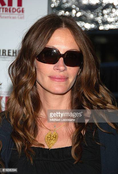 Actress and executive producer Julia Roberts attends the Kit Kittredge An American Girl premiere on June 19 2008 at the Ziegfeld Theater in New York