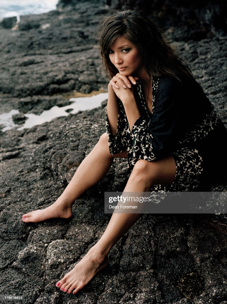 Kelly hu okay magazine september 1 2006 actress and former model kelly hu is photographed for okay magazine on september 1 2006 voltagebd Images