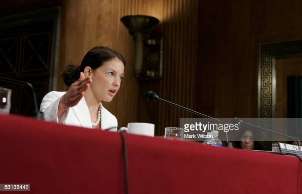 Actress and global ambassador for Youth AIDS Ashley Judd testifies during a Senate Foreign Relations Committee hearing June 23 2005 in Washington DC...