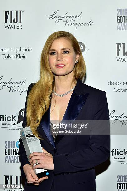 Actress and Honoree Amy Adams poses backstage the 2016 IFP Gotham Independent Film Awards CoSponsored By FIJI Water at Cipriani Wall Street on...
