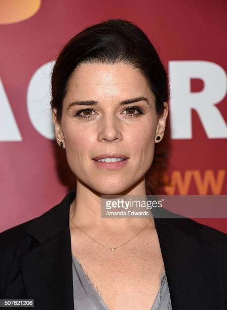 Actress and honoree Neve Campbell arrives at the 2016 ACTRA National Award of Excellence at The Beverly Hilton Hotel on January 31 2016 in Beverly...