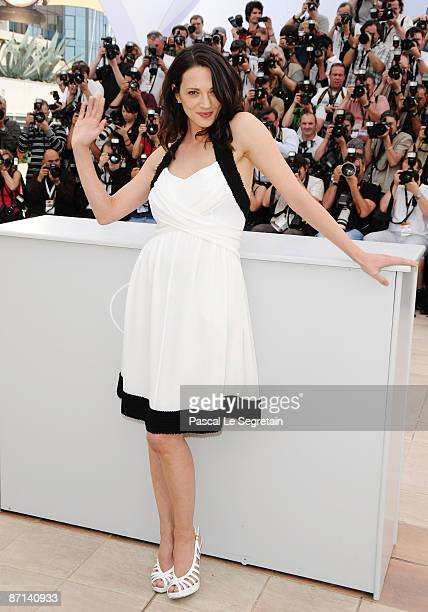 Actress and Jury member Asia Argento attends the Jury Presentation Photocall at the Palais des Festivals during the 62nd International Cannes Film...