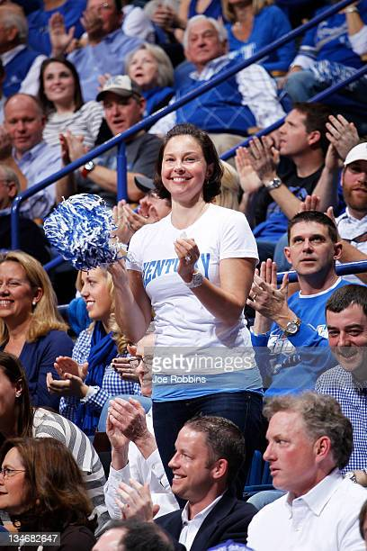 Actress and Kentucky Wildcats fan Ashley Judd cheers during the game against the North Carolina Tar Heels at Rupp Arena on December 3 2011 in...