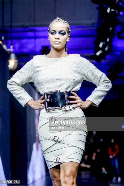Actress and model Jasmine Sanders walks the runway during the Maybelline Show 'Urban Catwalk Faces of New York' at Vollgutlager on January 18 2018 in...