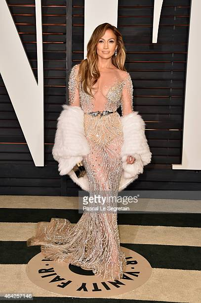 Actress and recording artist Jennifer Lopez attends the 2015 Vanity Fair Oscar Party hosted by Graydon Carter at Wallis Annenberg Center for the...