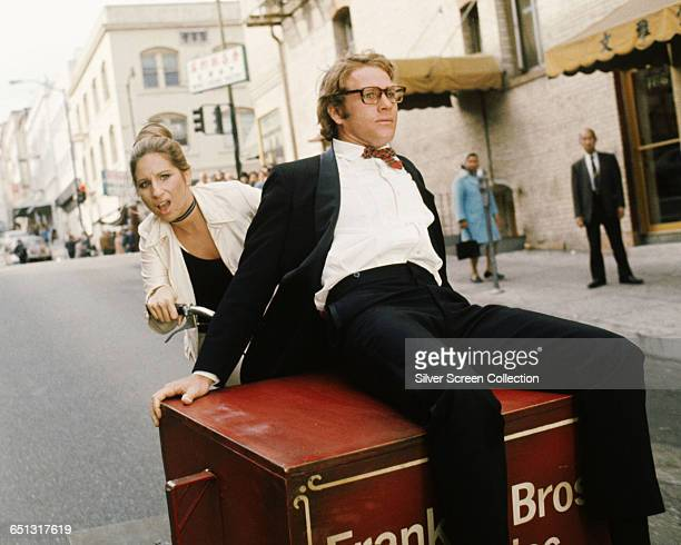 Actress and singer Barbra Streisand as Judy Maxwell and actor Ryan O'Neal as Dr Howard Bannister in the screwball comedy 'What's Up Doc' 1972