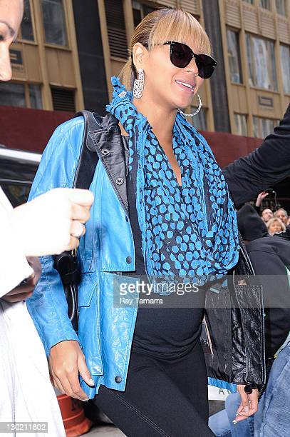 Actress and singer Beyonce Knowles enters a Midtown Manhattan office building on October 24 2011 in New York City