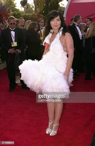 Actress and singer Bjork arrives the 73rd Annual Academy Awards at the Shrine Auditorium in Los Angeles 25 March 2001 Bjork performs and wrote the...