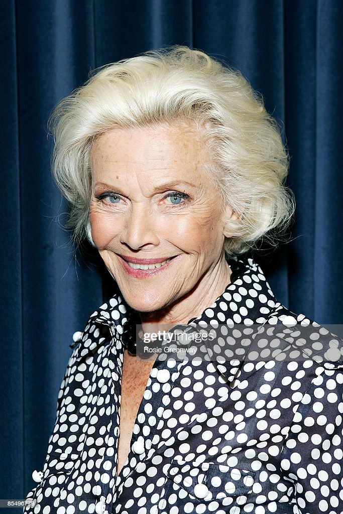 honor blackman - photo #34