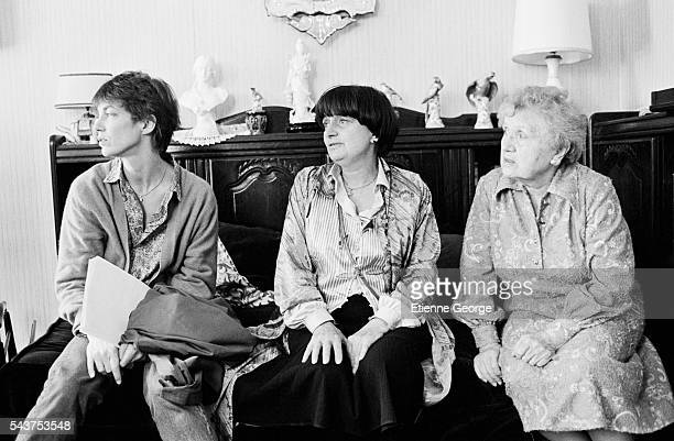 Actress and singer Jane Birkin and Belgianborn director Agnès Varda and unknown on the set of her film 'Jane B par Agnès V'