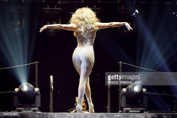 US actress and singer Jennifer Lopez Aka JLo performs on stage on October 16 2012 at the Bercy concert hall AFP PHOTO KENZO TRIBOUILLARD