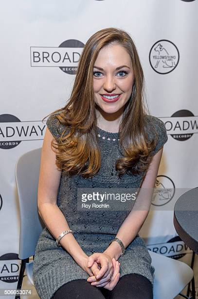 Actress and singer Laura Osnes attends BroadwayCon 2016 at the New York Hilton Midtown on January 24, 2016 in New York City.