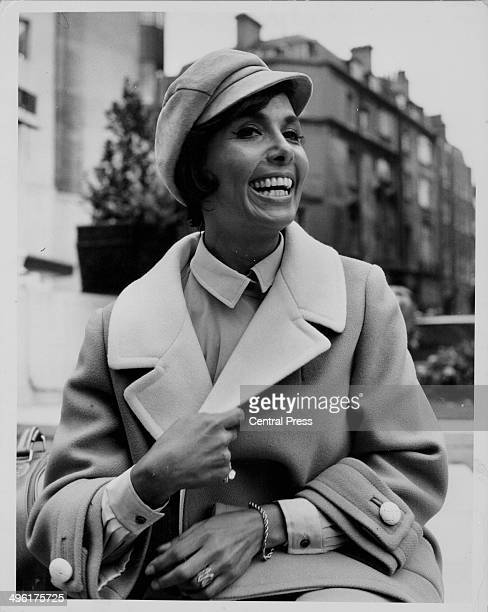 Actress and singer Lena Horne arriving at the Dorchester Hotel in London September 8th 1964