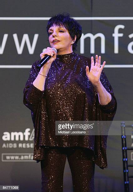 Actress and singer Liza Minnelli performs onstage at the amfAR New York Gala at Cipriani on 42nd Street to kick off Fall 2009 Fashion Week on...