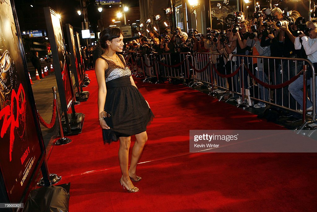 Actress and singer Rosario Dawson arrives at the premiere of Warner Bros. Picture's '300' at the Chinese Theater on March 5, 2007 in Los Angeles, California.