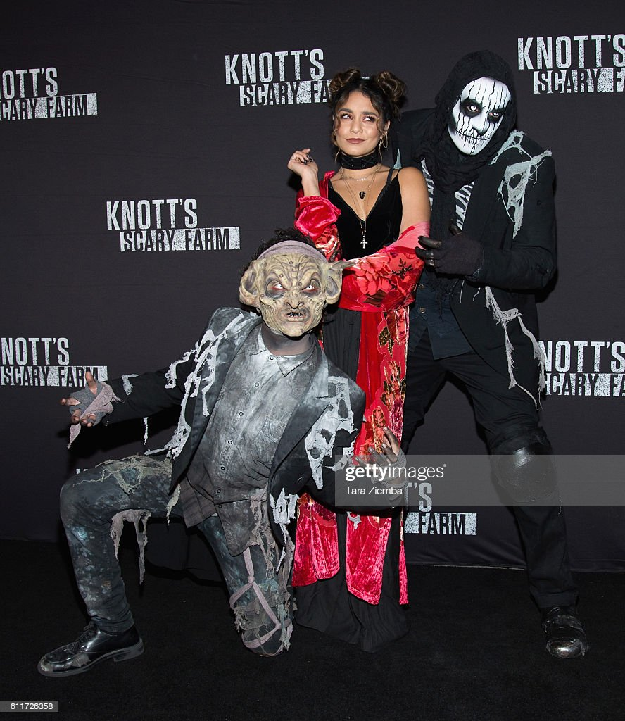 Knott's Scary Farm Black Carpet Event - Arrivals : Fotografía de noticias