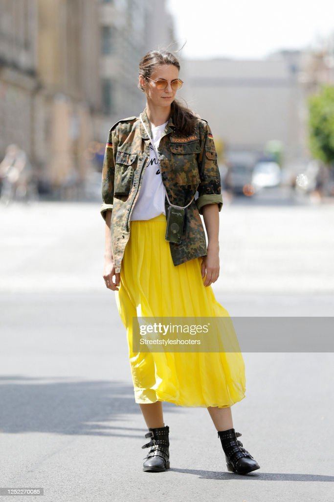 Katrin Wrobel - Street Style - Berlin - June 16, 2020 : News Photo