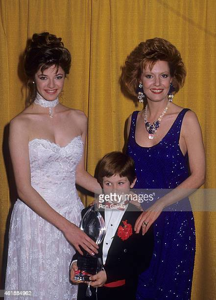 Actress Andrea Elson actress Anne Schedeen and actor Benji Gregory attend the 13th Annual People's Choice Awards on March 15 1987 at the Santa Monica...