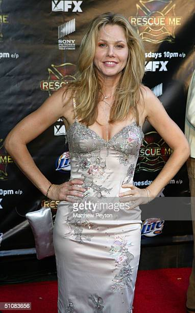 Actress Andrea Roth arrives for the Premiere Screening of the new FX series 'Rescue Me' on JUly 19 2004 at Loews Lincoln Square Theaters in New York...