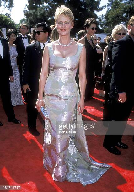 Actress Andrea Thompson attends the 50th Annual Primetime Emmy Awards on September 13 1998 at Shrine Auditorium in Los Angeles California