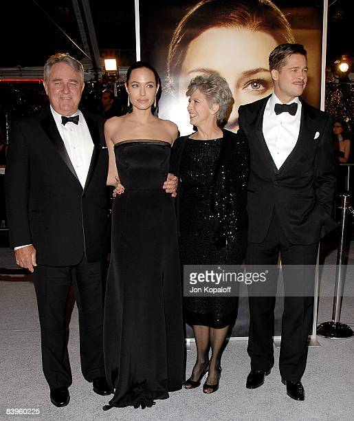"""Actress Angelina Jolie and actor Brad Pitt with parents arrive at the Los Angeles Premiere """"The Curious Case of Benjamin Buttons"""" at Mann's Village..."""
