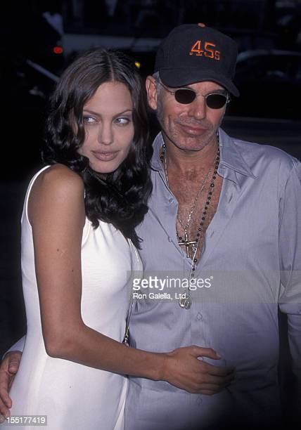 Actress Angelina Jolie and Billy Bob Thornton attend the world premiere of 'Original Sin' on July 31 2001 at the Director's Guild Theater in...