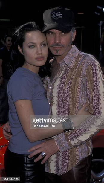 Actress Angelina Jolie and Billy Bob Thornton attend the world premiere of Gone In 60 Seconds on June 5 2000 at Mann Theater in Westwood California