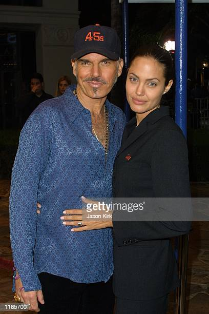 Actress Angelina Jolie and husband Billy Bob Thornton arrive at the premiere of the film 'Bandits' October 4 2001 in Westwood CA